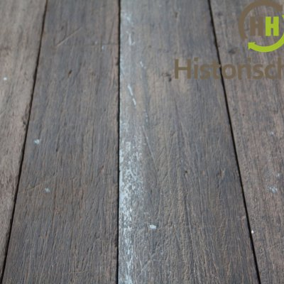 geborstelde scheepsplanken oud hout
