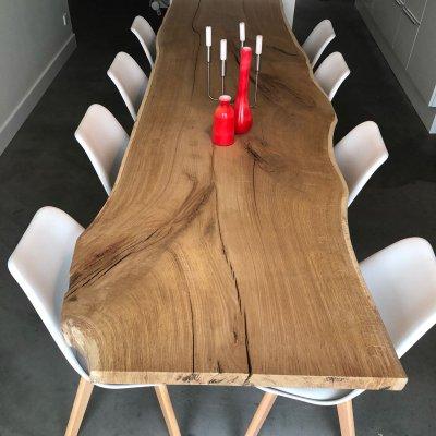 Eiken boomstam tafel uit 1 stuk