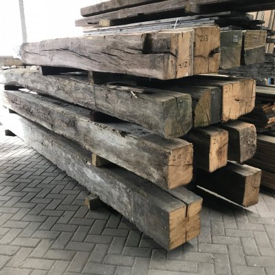 Reclaimed european oak beams