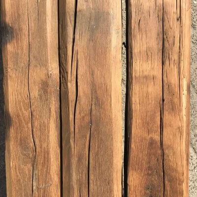 altholz eiche balken im lager