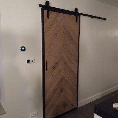 Oude houten loftdeuren
