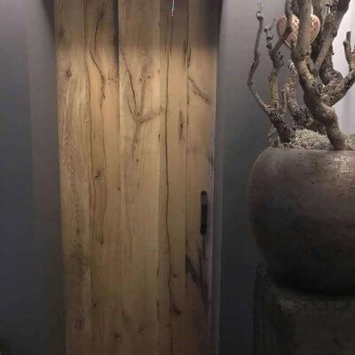Massieve planken deur