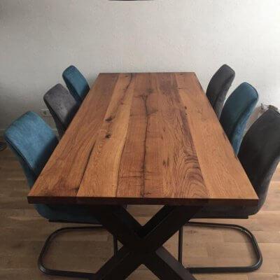 Oude eiken tafel