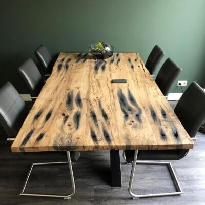 Tisch aus Bahnschwellen