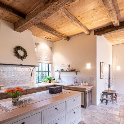 old oak ceiling beams