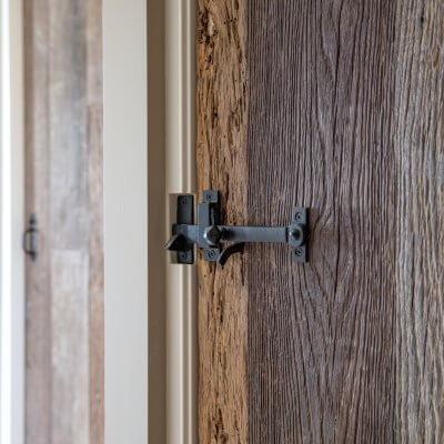 Oud eiken deuren
