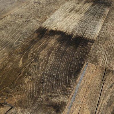Oud eiken multiplank vloer