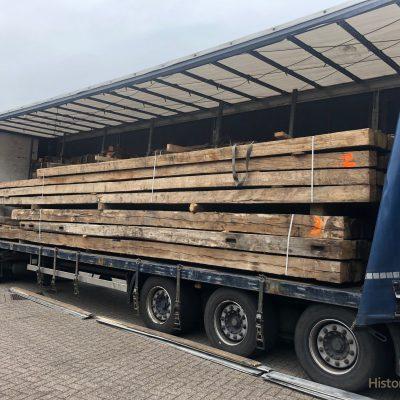 balken historisch hout