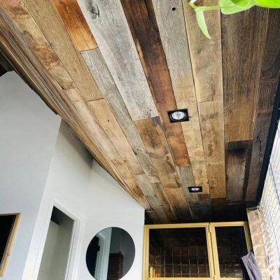 plafond houtbekleding
